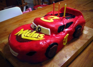 car's 3rd birthday cake